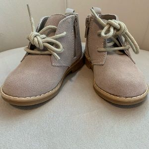 Brand new baby gap toddler lace up booties